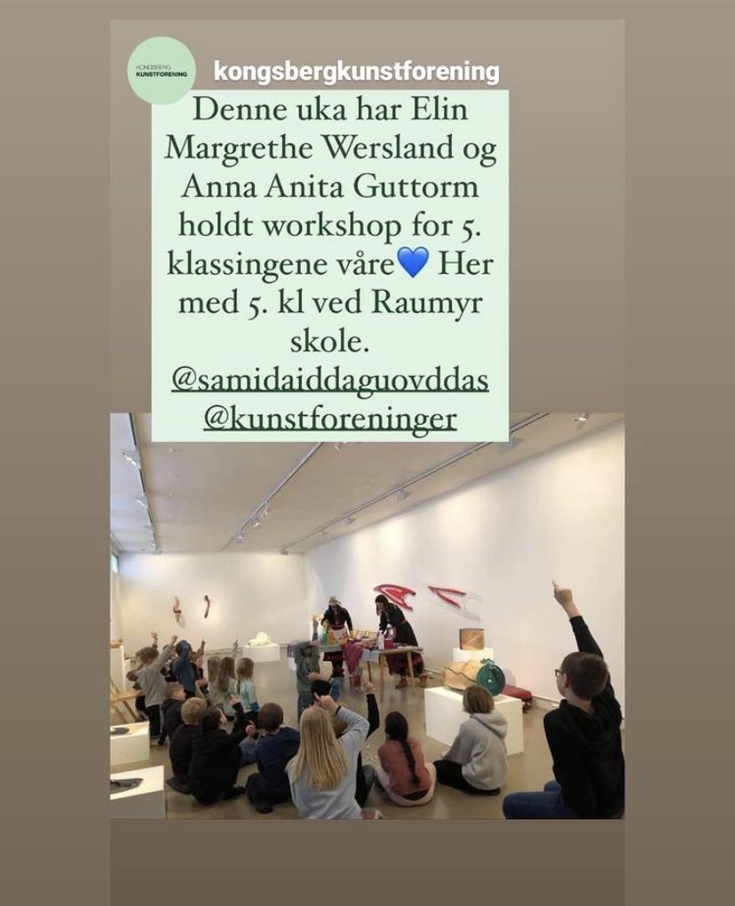Skjermbilde: Kongsberg Kunstforening var åstedet for Skole-Petter Anna showet i februar i år. Det var stort engasjement fra femteklassingene både for showet og den samiske kunsten.